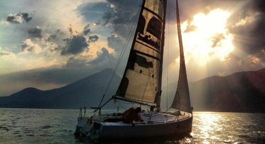 crociera barca a vela lago di garda