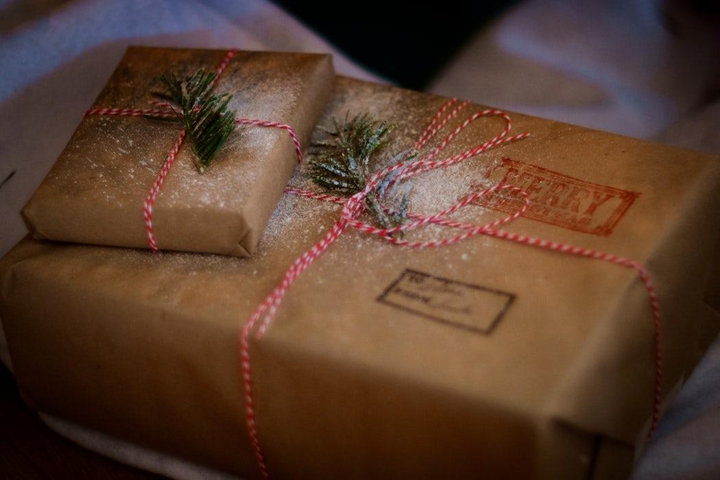 impacchettare un regalo idee creative