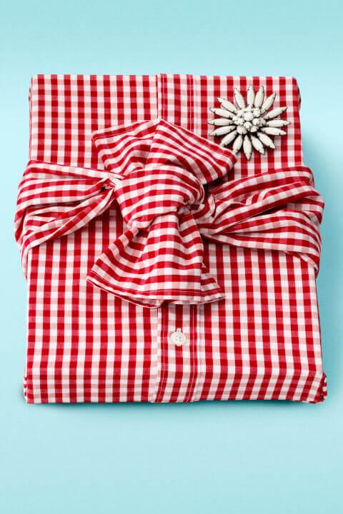 pacchetto regalo vestito small