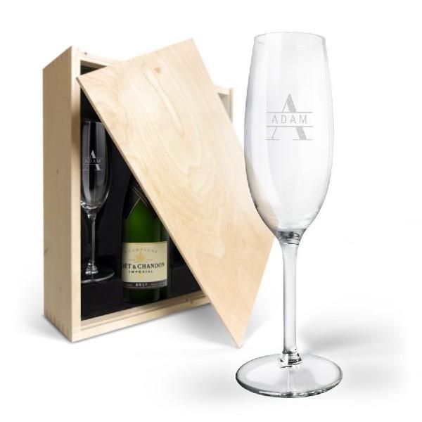 set champagne e bicchieri personalizzati regalo per anniversario